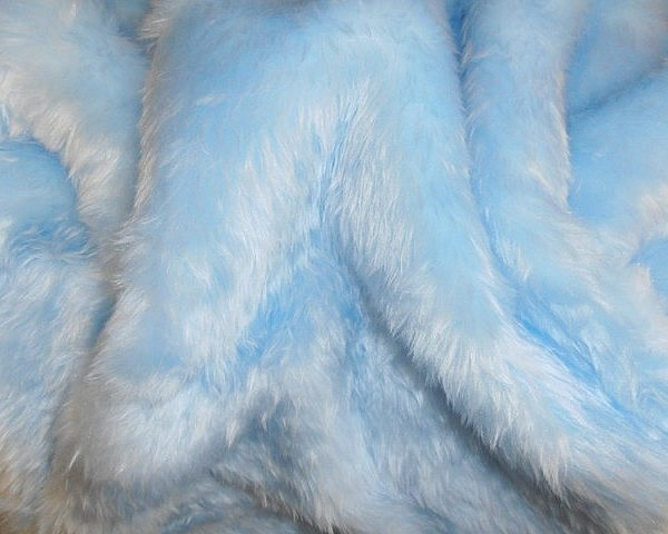 Faux Fur – Baby Blue